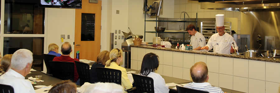 Photo of a CEPD culinary class session
